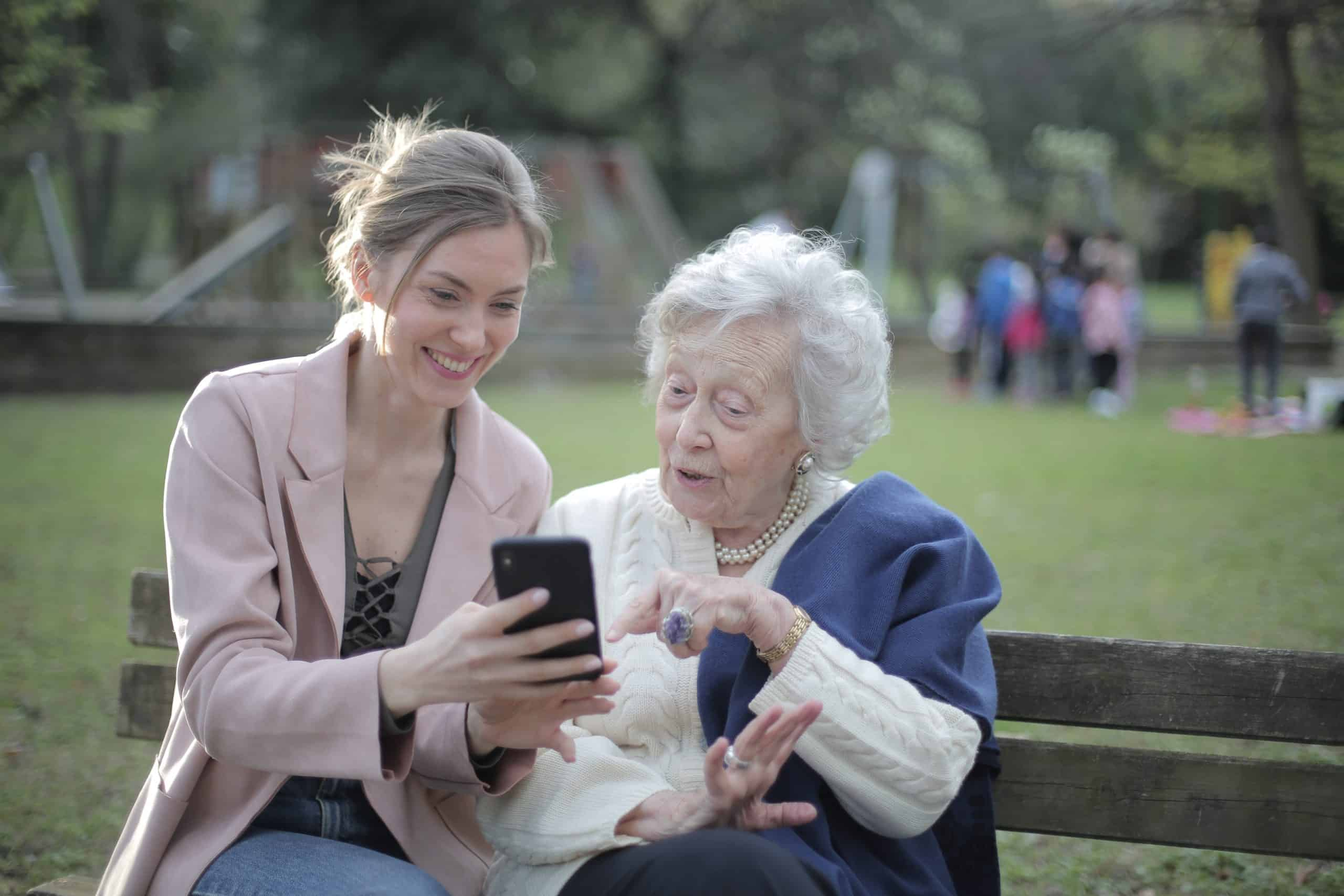 Free-Cell-Phone-For-Seniors